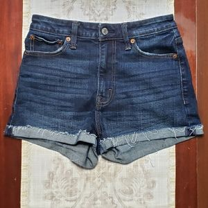 ABERCROMBIE & FITCH High Rise Cuffed Jean Shorts